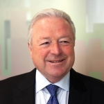 Michael Strong joins RE5Q as Non-Executive Chairman